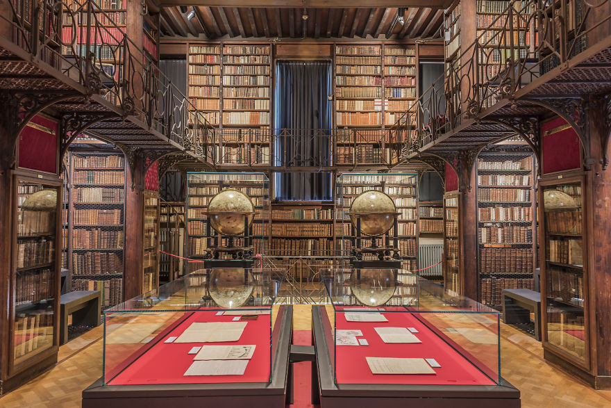 Hendrik-Conscience-Heritage-Library-Antwerp-Belgium-5b15c7e80e1b1__880