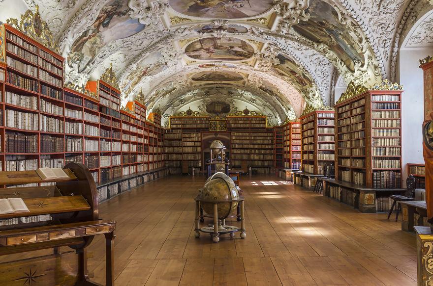 Strahov-Library-Prague-Czech-Republic-5b15c8193a76c__880