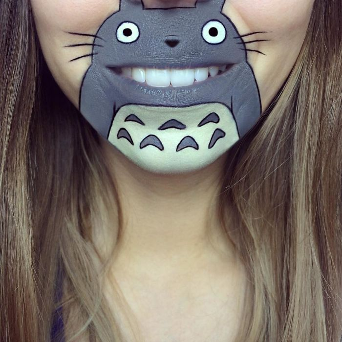This-artist-turns-her-lips-into-pop-culture-charactersNews-Pics-5b1a39c87b7ed__700