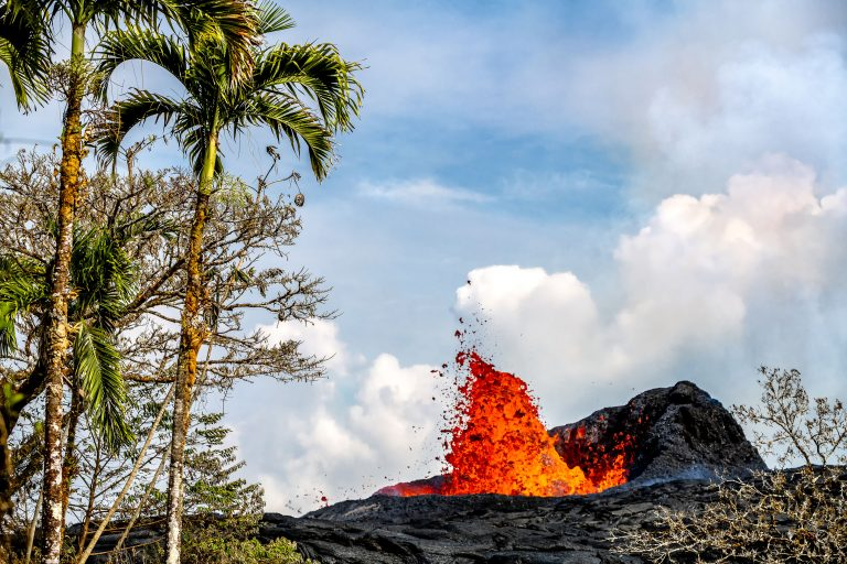 12_CATERS__ARTISTIC_HAWAII_VOLCANO_13-768x512