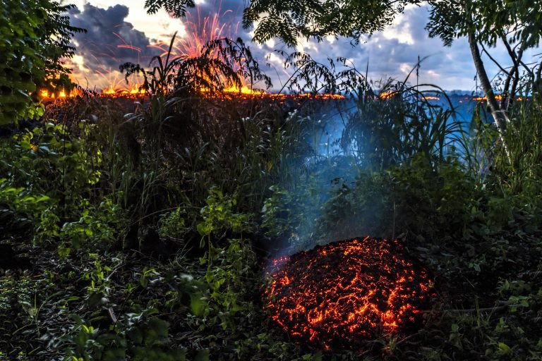 2_CATERS__ARTISTIC_HAWAII_VOLCANO_03-768x512