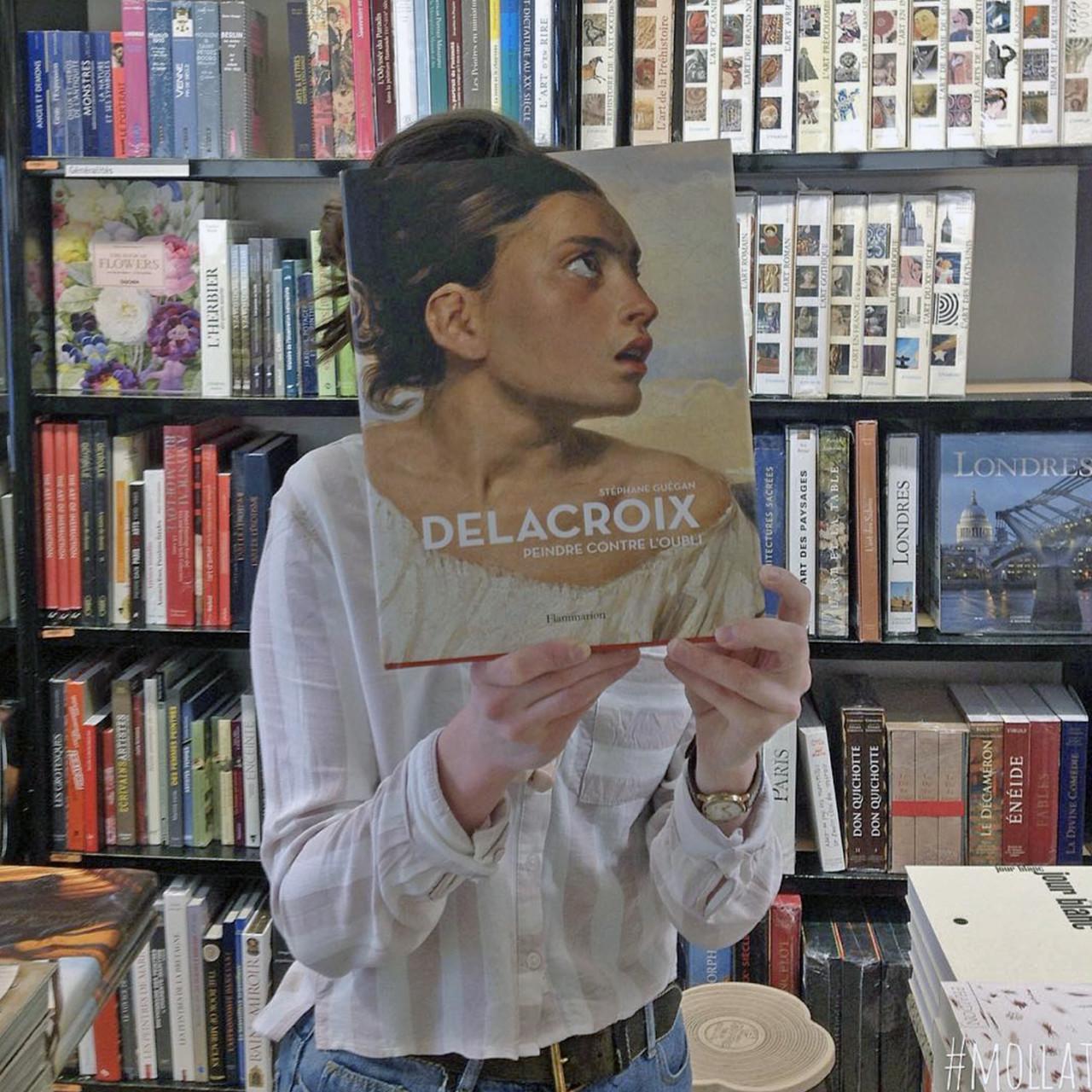 bookstore-1-640x640@2x