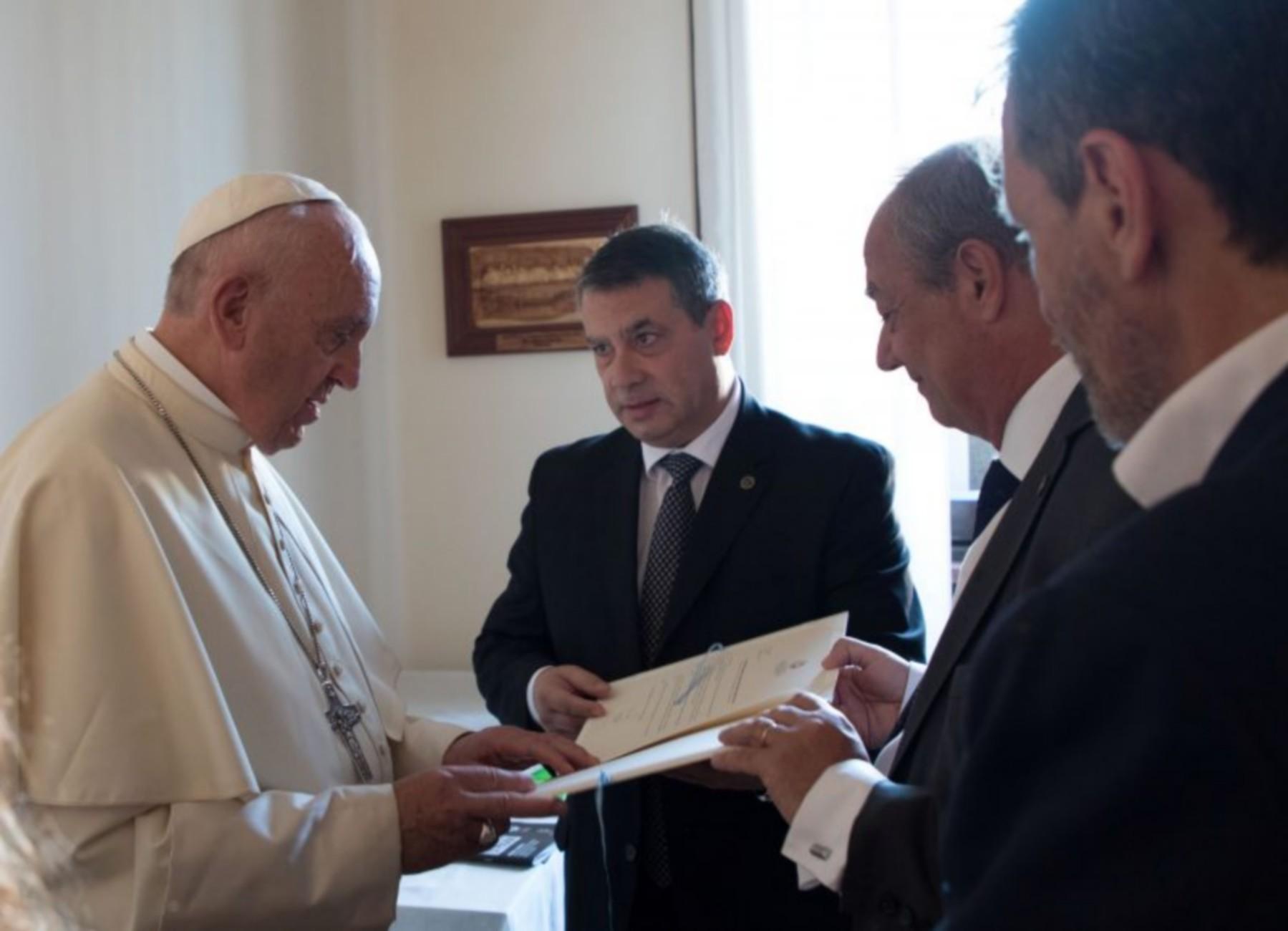 Guillermo Whpei visitó el Vaticano en 2017