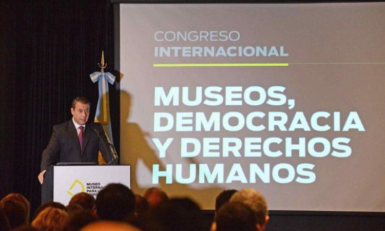 Guillermo Whpei inaugura el Museo por la Democracia