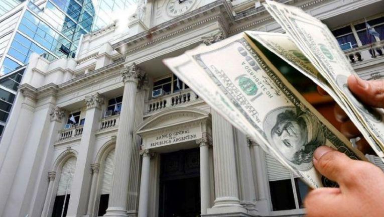 Bancos bloquearon cuentas electrónicas en dólares