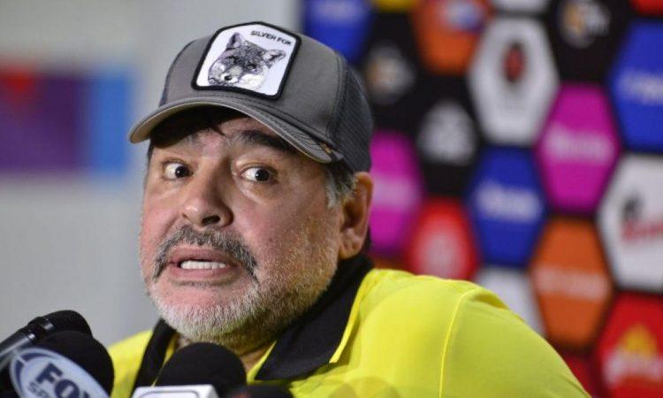 Maradona, muy crítico con la Argentina: