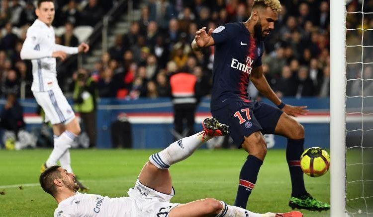 Choupo-Moting desperdició el gol del campeonato del PSG — Increíble
