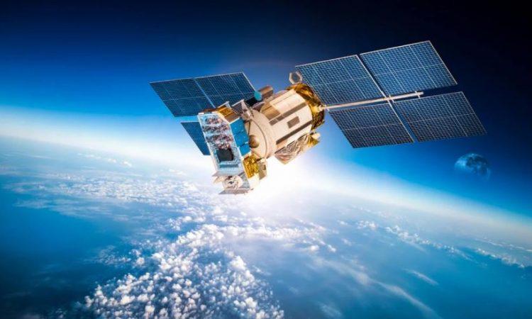 Lanzarán satélites para ofrecer Internet en todo el mundo