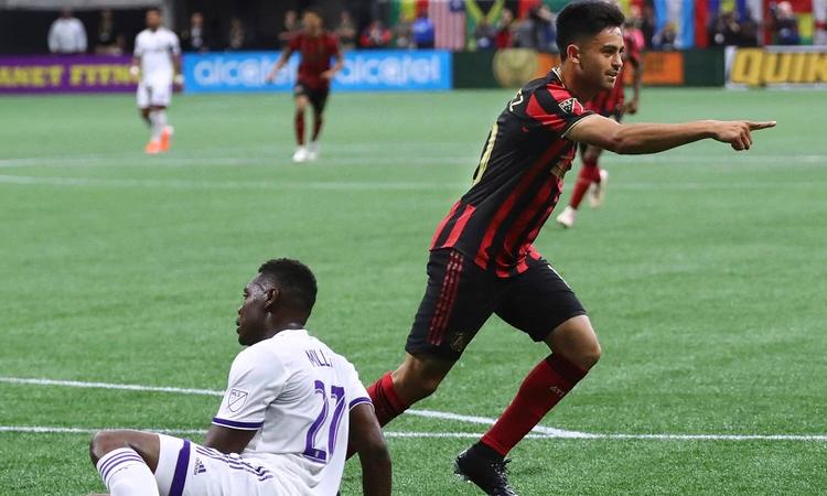 El golazo del Pity Martínez para estrenarse en Atlanta United