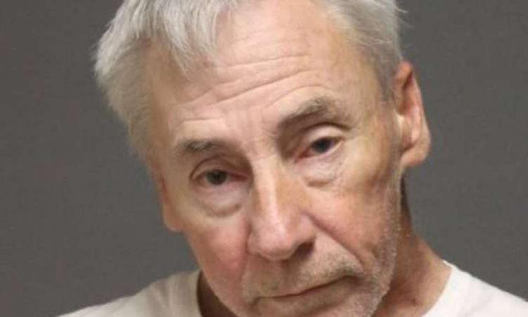 Arrestan a 6 ancianos por tener relaciones sexuales en un bosque