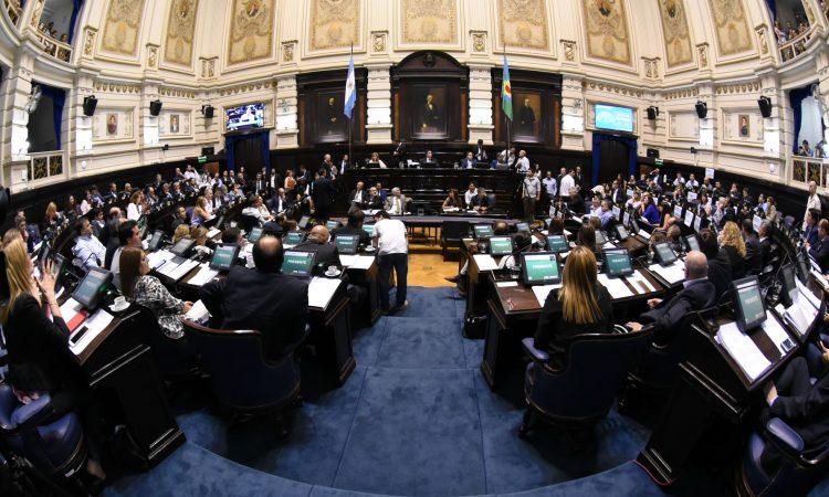 Negociaciones contrarreloj: buscan acelerar la ley sobre jubilaciones de privilegio