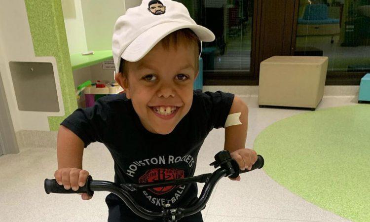 MUNDO: Familia de Quaden Bayles, rechaza viaje a Disney