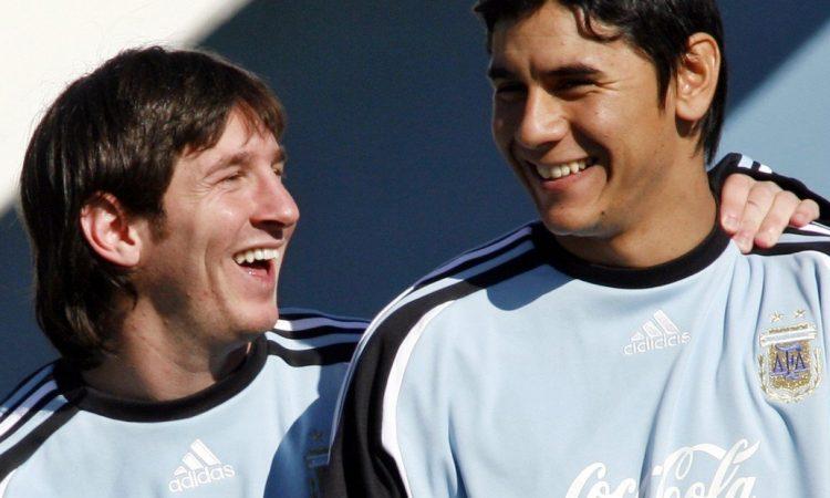 Vi a Messi llorar como un niño por la selección — Arquero argentino