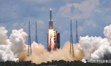 El cohete chino fuera de control: cuándo y dónde caerá el Long March 5B