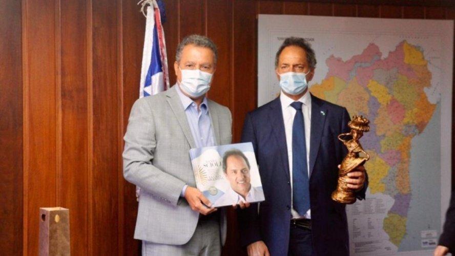 Daniel Scioli junto al gobernador de Bahia Rui Costa