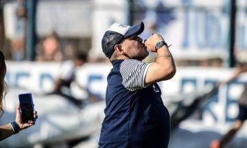 Un sacerdote de La Plata reveló las últimas confesiones de Diego Maradona