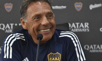 Llega el primero: Russo y Riquelme ya tienen cerrado a un lateral para Boca