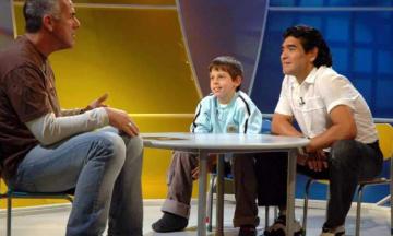 De la gloria al infierno: cómo está hoy el chico que conoció a Maradona en Agrandadytos
