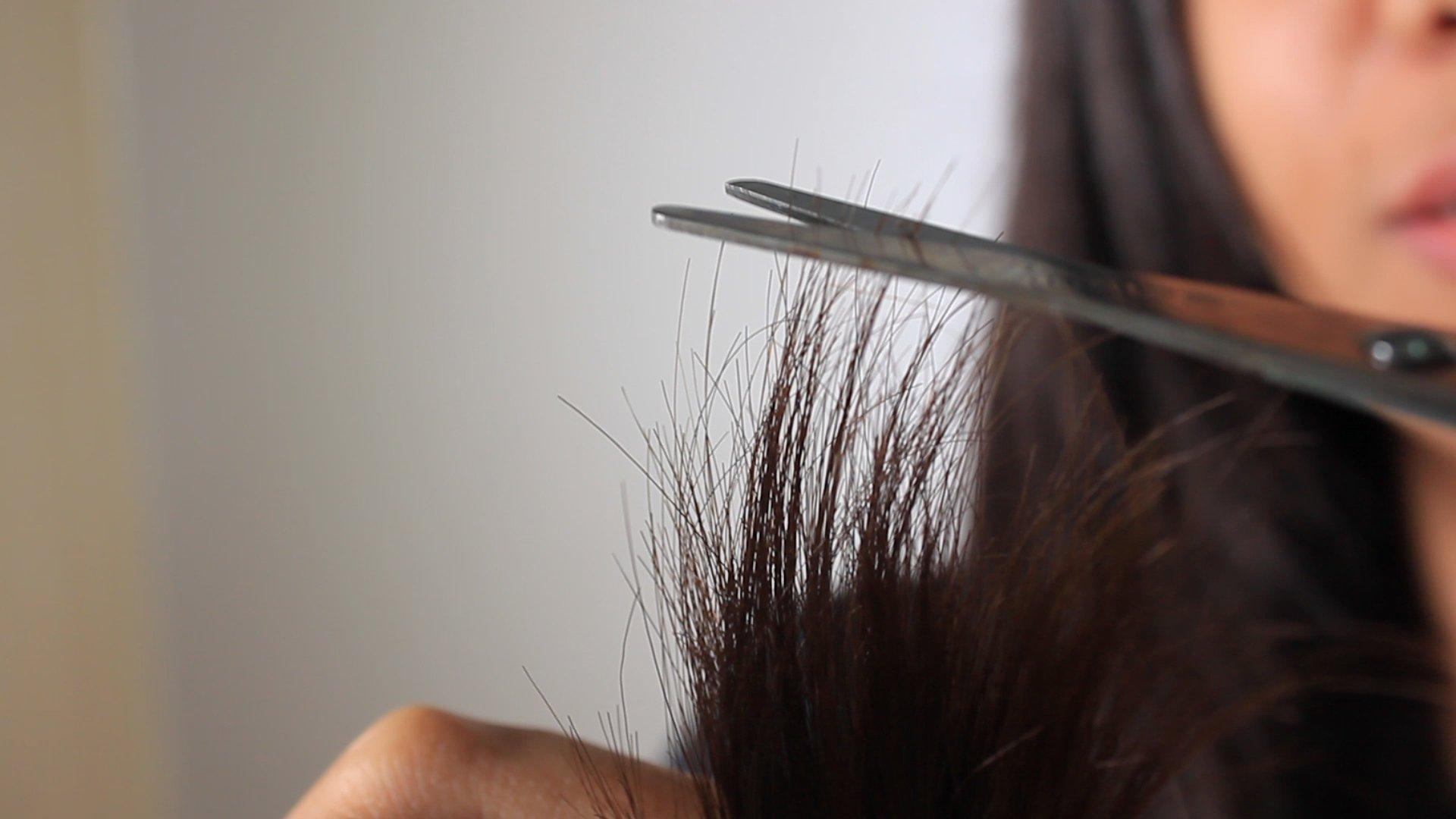 trim your own split ends step 23